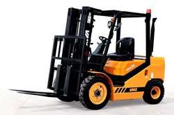 All Type of Fork Lifter Available for Rent.