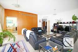 Vacant   Upgraded   2047 Sqft   Park View