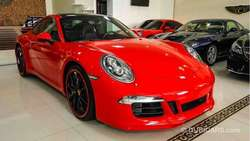 Porsche 911 S Carrera with GTS body kit